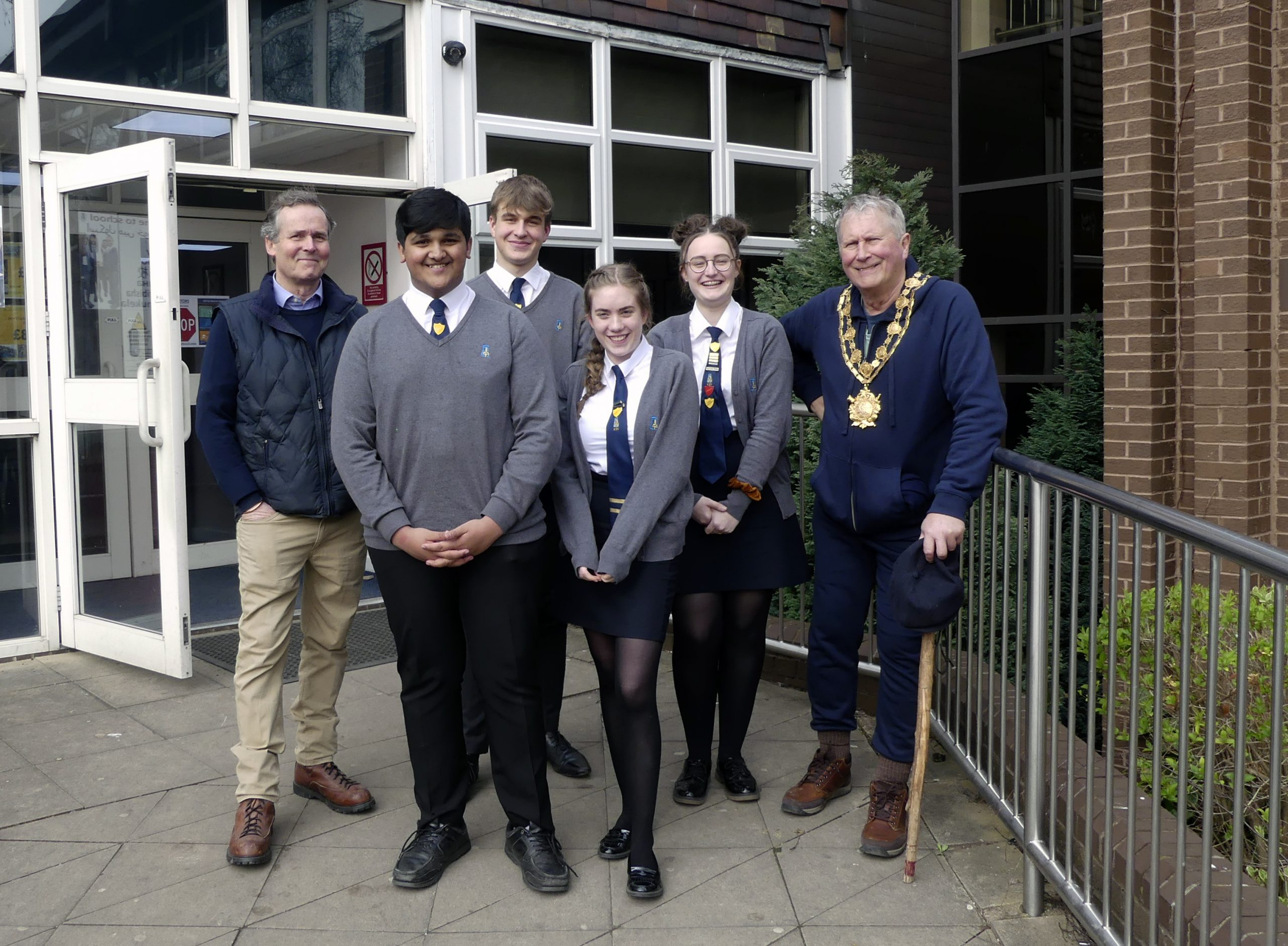 Mayor of Wakefield with the Head pupils March 2020