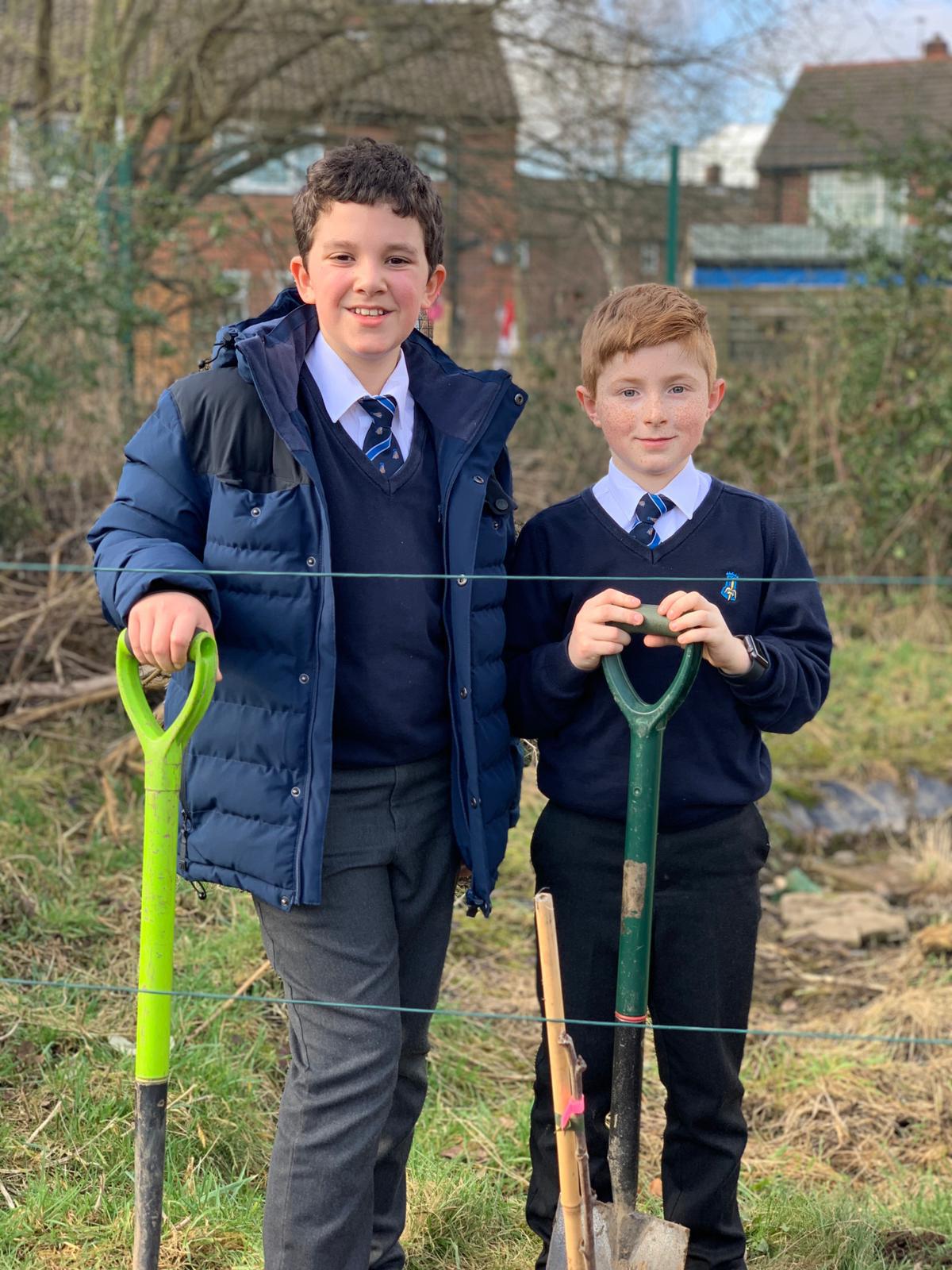 Kettlethorpe pupils planting fruit trees - February 2021